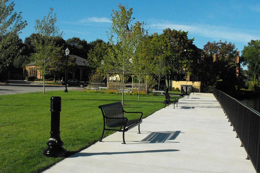 Donahue Park: Pawcatuck, Connecticut